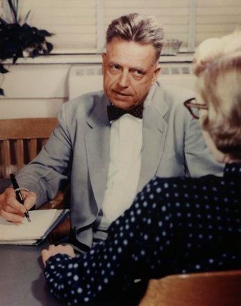 Alfred Kinsey interviewing a woman, photograph by William Dellenback (c) The Kinsey Institute